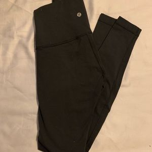 Size 6 black lululemon leggings